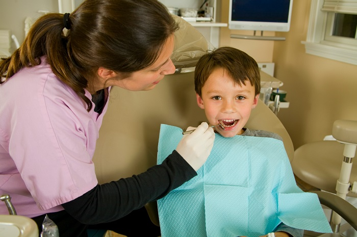 7 Tips For Preparing Your Child for Their Trip to the Dentist